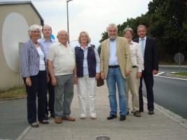 Die Gemeinderatsfraktion besichtigt den Flüsterasphalt
