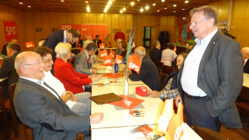 Kamen auch zu der Ehrung: Ehepaar Alf, Inge Jabs aus Feucht, Wolfgang Plattmeier aus Hersbruck