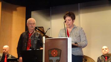 Martina Baumann eröffnet die Veranstaltung
