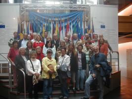 und beim Europaparlament in Straßburg